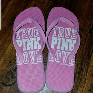 VS Pink flip flops size small (A3)